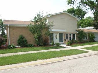 9236 Maple, Morton Grove, IL 60053