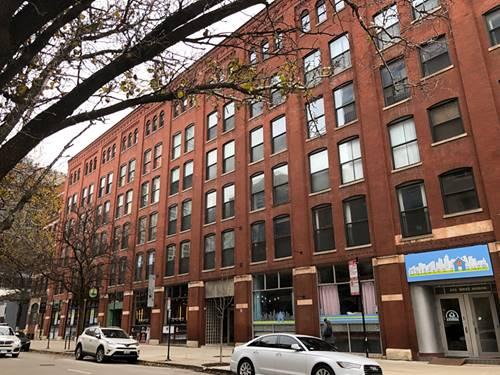 225 W Huron Unit 215, Chicago, IL 60654 River North
