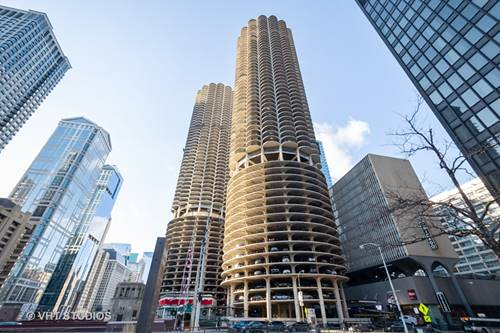 300 N State Unit 3808, Chicago, IL 60654 River North