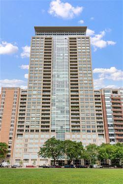 250 E Pearson Unit 702, Chicago, IL 60611 Streeterville