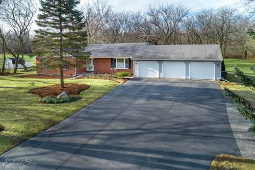 7605 S Meadow, Cary, IL 60013