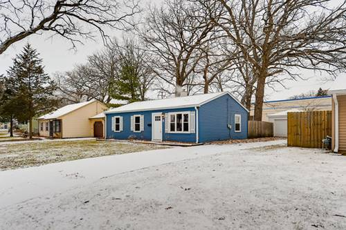 6 E Pine, Streamwood, IL 60107