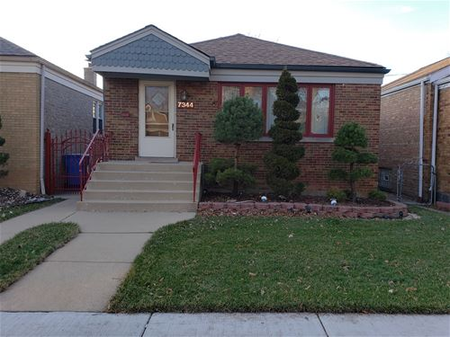 7344 S Maplewood, Chicago, IL 60629 Marquette Park