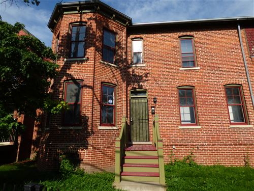 10705 S Cottage Grove, Chicago, IL 60628 Roseland