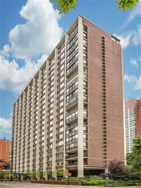 1 E Schiller Unit 3C, Chicago, IL 60610 Gold Coast