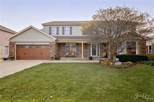 2260 N Charter Point, Arlington Heights, IL 60004