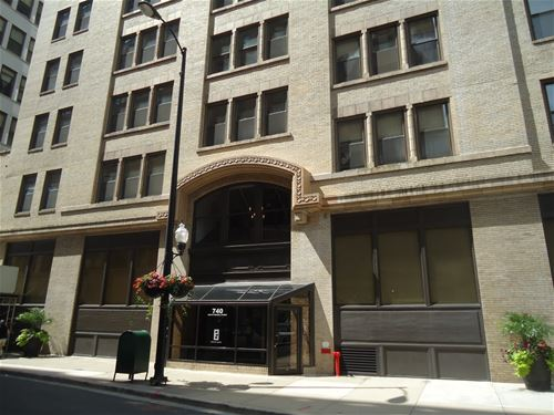 740 S Federal Unit 802, Chicago, IL 60605 South Loop