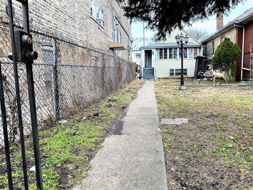 1521 N Lawndale, Chicago, IL 60651 Humboldt Park