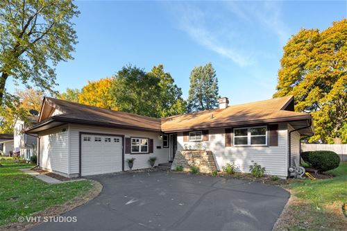 618 Coventry, Crystal Lake, IL 60014