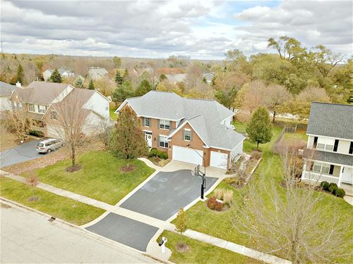 1481 Rolling Hills, Crystal Lake, IL 60014