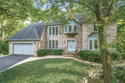 804 Wildrose Springs, St. Charles, IL 60174