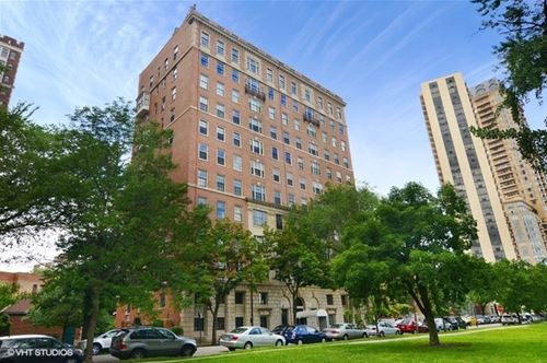 2450 N Lakeview Unit 10, Chicago, IL 60614 Lincoln Park