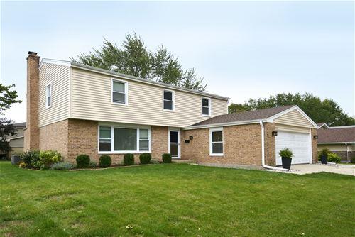 1825 E Suffield, Arlington Heights, IL 60004
