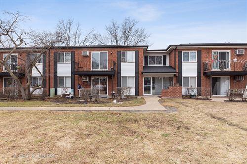 2411 E Brandenberry Unit 1M, Arlington Heights, IL 60004