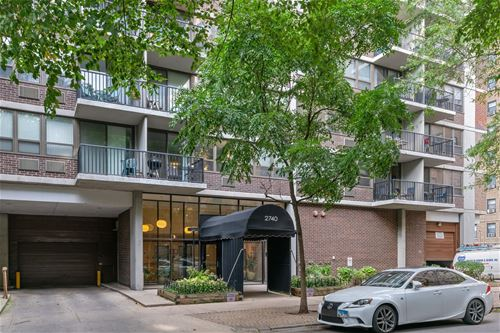 2740 N Pine Grove Unit 15A, Chicago, IL 60614
