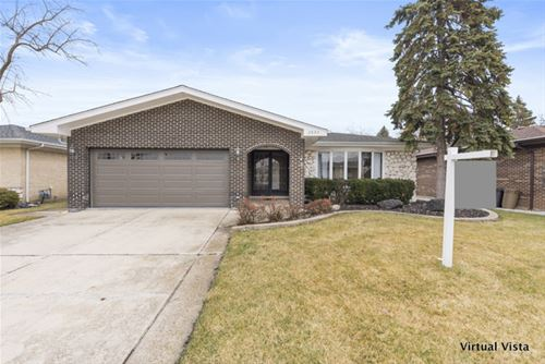 2637 Plymouth, Westchester, IL 60154