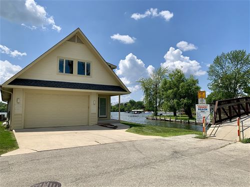 33842 N Lake Shore, Gages Lake, IL 60030
