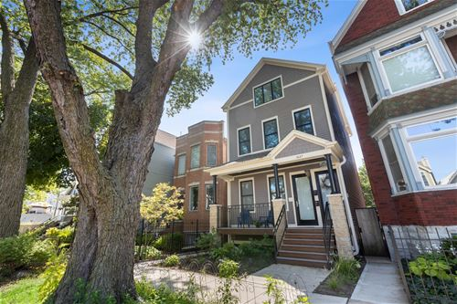 1442 W Cullom, Chicago, IL 60613 Graceland West