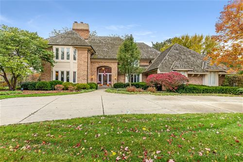 830 Woodstream, Lake Forest, IL 60045