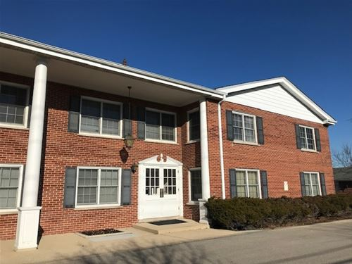 2816 Dundee Unit 6A, Northbrook, IL 60062