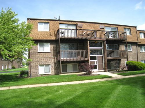 111 Boardwalk Unit GW, Elk Grove Village, IL 60007