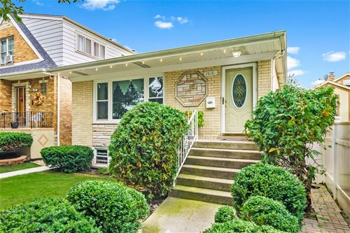 3818 N Plainfield, Chicago, IL 60634 Irving Woods