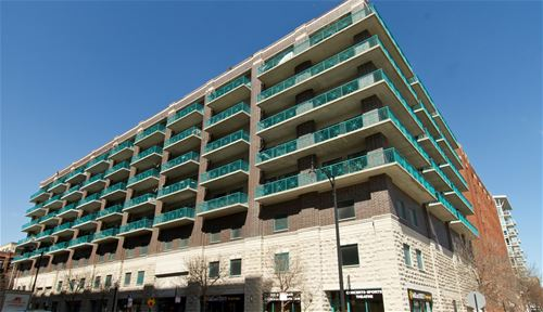 910 W Madison Unit 808, Chicago, IL 60607