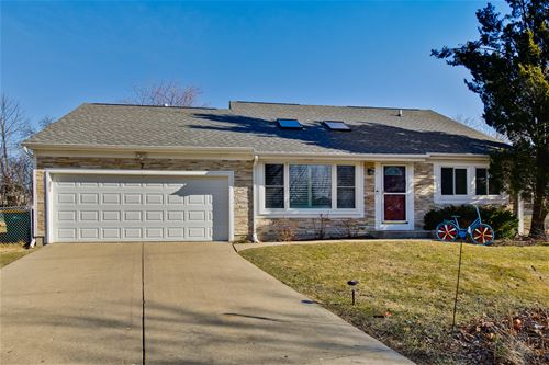 7 Cloverdale, Buffalo Grove, IL 60089