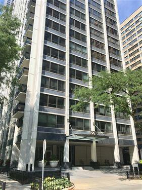 222 E Pearson Unit 1609, Chicago, IL 60611 Streeterville