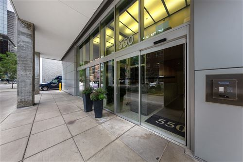 550 N St Clair Unit 1905, Chicago, IL 60611 Streeterville