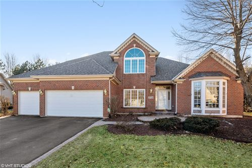 2724 Whitchurch, Naperville, IL 60564