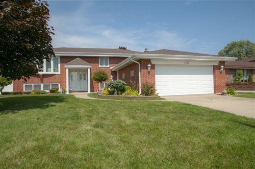 1522 W Mulloy, Addison, IL 60101