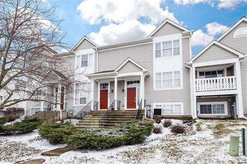 2822 Shelly Unit 2822, Aurora, IL 60504