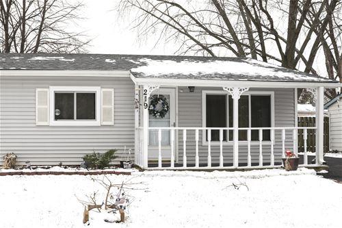 219 Hadleigh, Bolingbrook, IL 60440