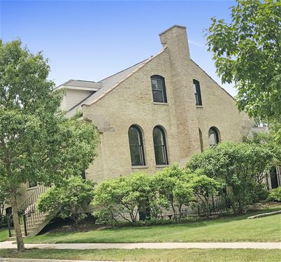 790 Lyster, Highwood, IL 60040