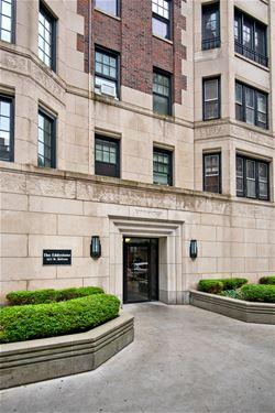 421 W Melrose Unit 8C, Chicago, IL 60657 Lakeview