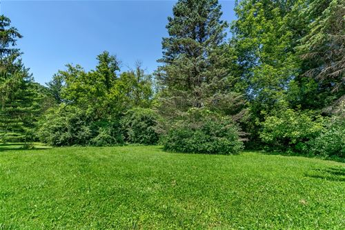 Lot 1 Gavin, Lake Forest, IL 60045