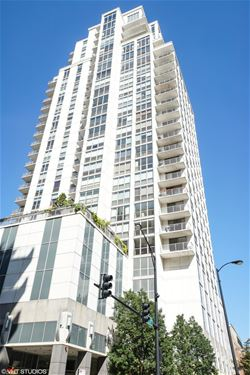 200 W Grand Unit 1305, Chicago, IL 60654 River North