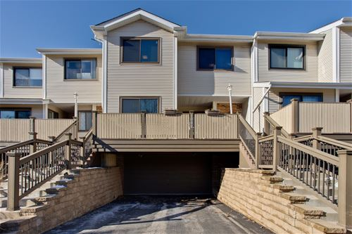 1006 Spring Hill, Northbrook, IL 60062