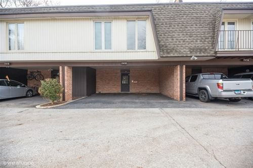1945 Tanglewood Unit G, Glenview, IL 60025