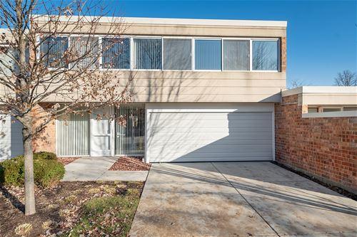63 Wellington, Northbrook, IL 60062