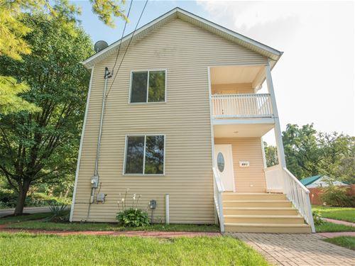 691 Eastview, Elgin, IL 60120