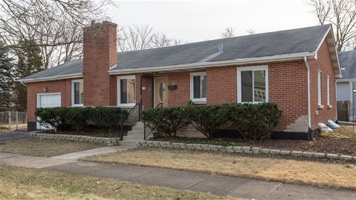 139 N Lincoln, Westmont, IL 60559