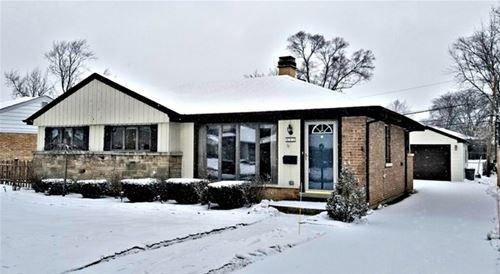 447 N Highview, Elmhurst, IL 60126
