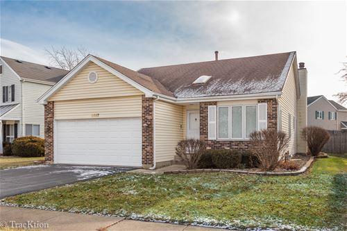 2467 Carlton, Woodridge, IL 60517