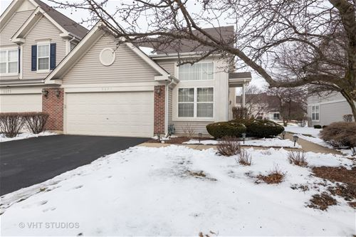 3271 Cool Springs, Naperville, IL 60564