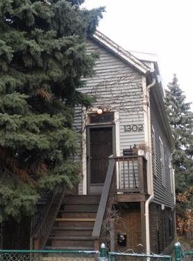 1302 W Wellington, Chicago, IL 60657 Lakeview