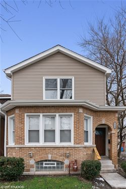 6530 S St Lawrence, Chicago, IL 60637 West Woodlawn
