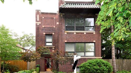 7319 N Bell, Chicago, IL 60645 West Ridge