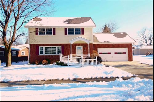 435 Hickory, Itasca, IL 60143